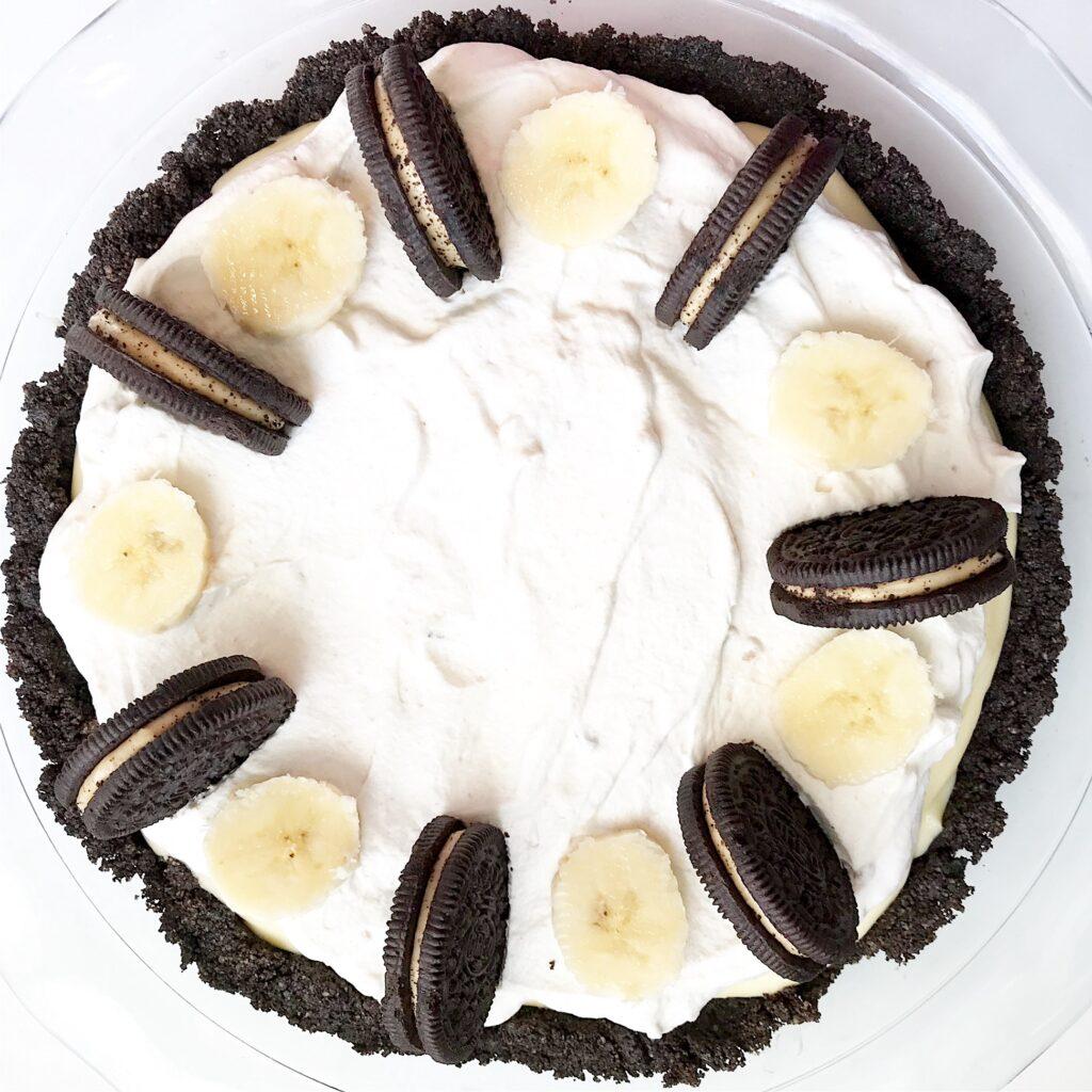 Peanut butter banana cream pie with chocolate crust