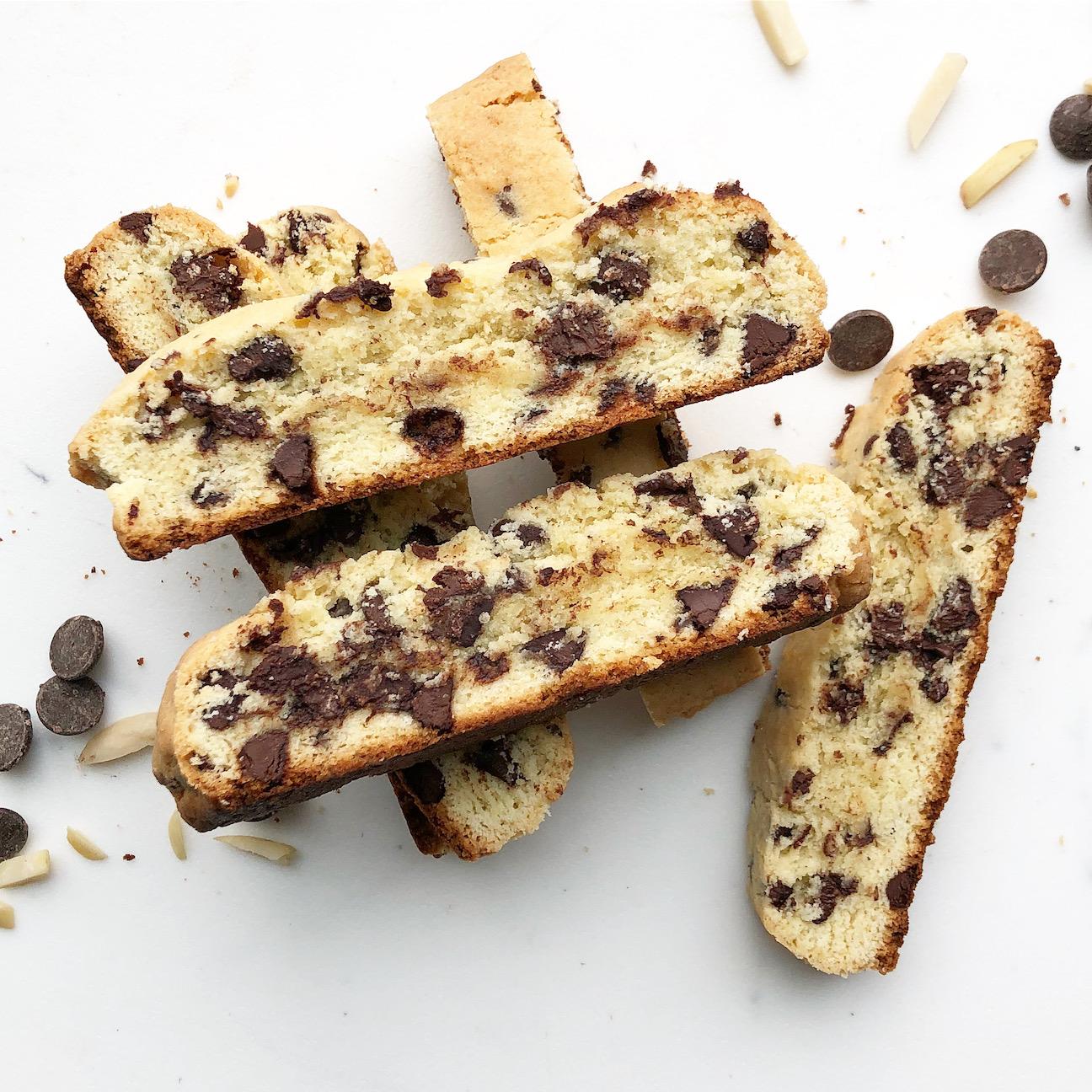 chocolate almond unscotti