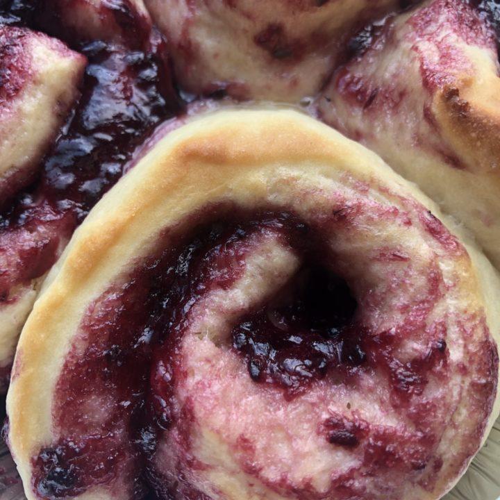 boysenberry cinnamon rolls