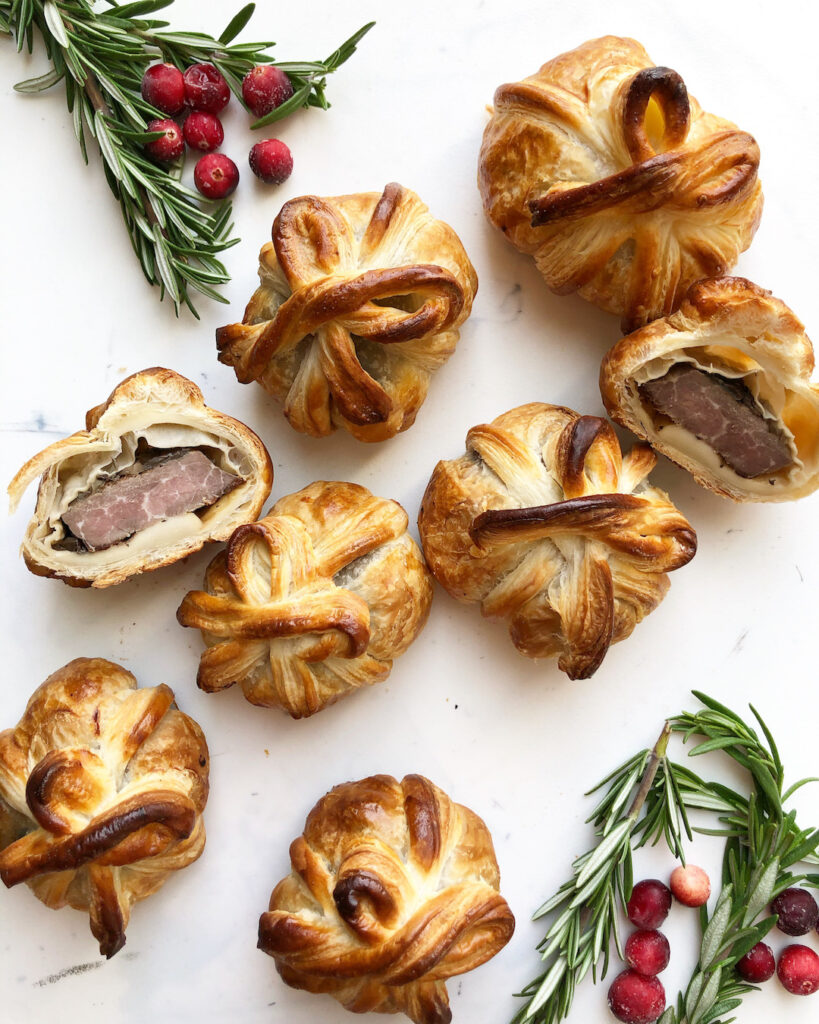 mini beef wellingtons with rosemary and cranberries
