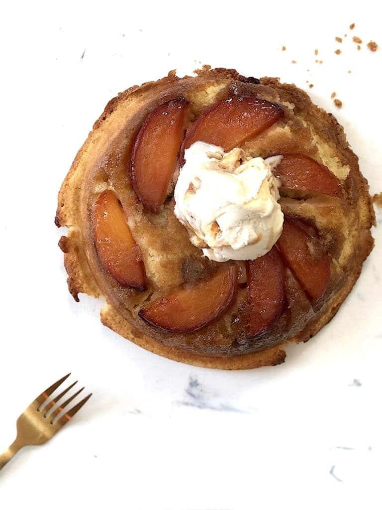 upside down peach buttercake