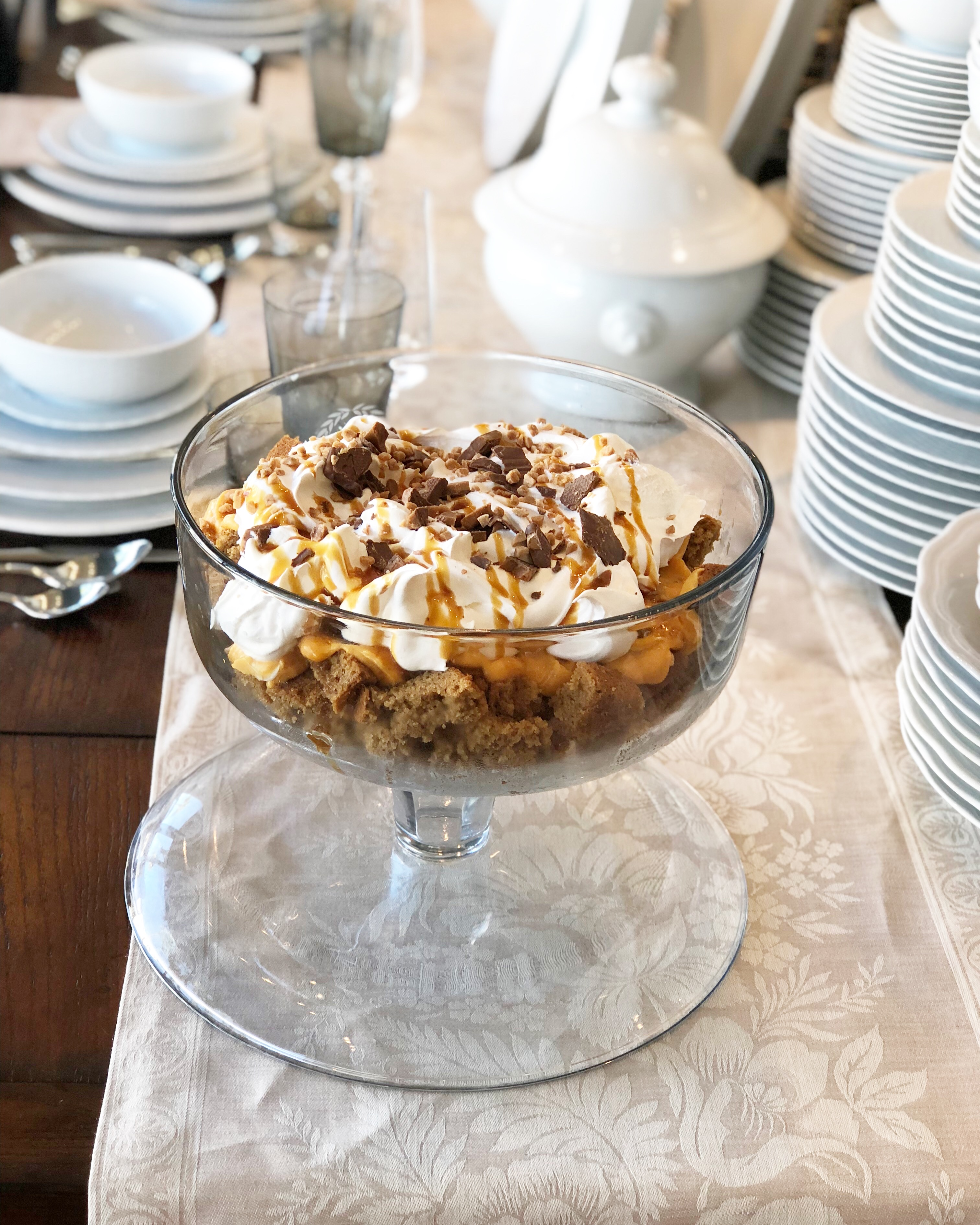 gluten free pumpkin trifle in a glass dish