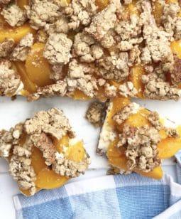 peach cheesecake bars with oatmeal crust