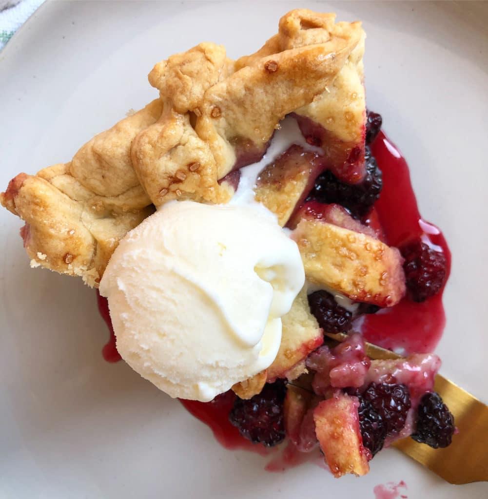 boysenberry pie with vanilla ice cream